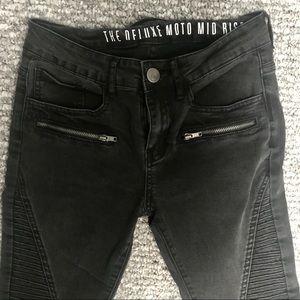 Zip Skinny Jeans
